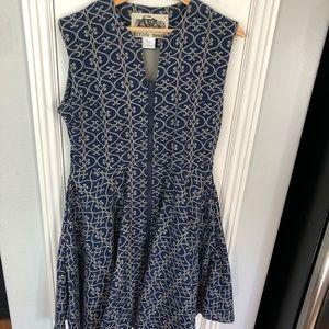 Dresses & Skirts - Stunning Navy Blue, Patterned Zip Dress